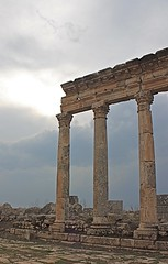 Shop facade, Apamea, Syria (susiefleckney) Tags: apamea syria hama ghabplain seleucid roman byzantine arab ruins archaeology ancient shopfacade facade westernasia