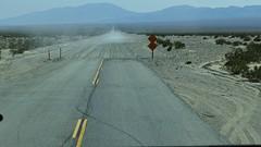 la route dans vallée de la mort (Davidkos) Tags: road sigma 66 route merril dp1 dp3