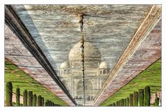 Agra IND - Taj Mahal reflection