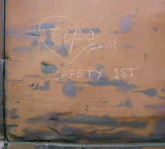 TIPS (TRUE 2 DEATH) Tags: railroad art train graffiti streak tag graf railcar tips railways hobo railfan freight freighttrain safety1st monikers moniker meanstreaks hobomoniker hoboart benching paintsticks railroadart boxcarart oilbars freighttraingraffiti markals