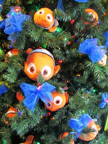 finding nemo christmas tree - Finding Nemo Christmas Decorations
