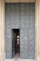 Krakov, kostel sv. Pavla obrácení (2) (ladabar) Tags: door doorway kraków krakau krakov dveře