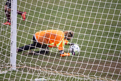 IMG_2808eFB (Kiwibrit - *Michelle*) Tags: soccer monmouth girls team mms mustang maine oak hill 101816 brooke game ball net