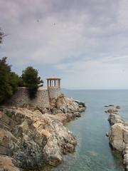 Utkik (asahele) Tags: sanfeliudeguixols vandringsled sgaro costa brava lusthus klippor hav vik pir natur mur borg himmel moln spanien utkik torn