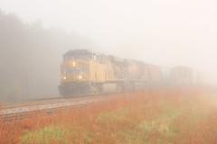 Fog Bound (Acronym Railroad) Tags: up 5464 union pacific ge general electric es44ac ac45ccte sparta wisconsin gevo