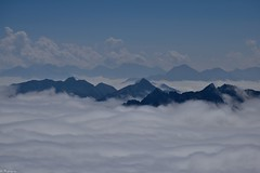 Dans les nuages (Mystycat =^..^=) Tags: picdumididebigorre hautespyrnes midipyrnes parcnationaldespyrnes france montagne nuages ciel sky clouds bagnresdebigorre