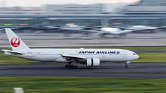 Boeing 777 JAL JA007D (jcphoto-2013) Tags: 7d2 airplane airport b777 jal panning