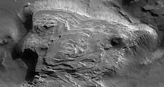 ESP_016773_1520 (UAHiRISE) Tags: mars nasa mro jpl universityofarizona ua uofa landscape geology science