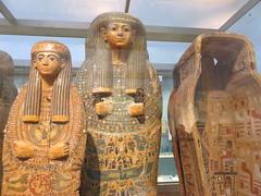 UK - London - West End - British Museum - Coffins and mummies from Deir-el-Behri - Priests of Amun (JulesFoto) Tags: uk england london westend britishmuseum ancientegypt coffins mummies