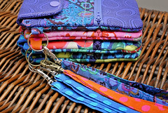 Phone case (picperfic) Tags: phone case hoop card pockets zip zipper wrist strap
