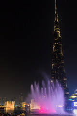 Wasserspiele Burj Khalifa (fozzie88) Tags: dubai burj khalifa uae night water games fountain tower