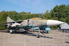 14 Red Mikoyan Mig-23ML (johnyates2011) Tags: moscowvictorypark centralmuseumofgreatpatrioticwar 14red mig mig23 mikoyan mikoyanmig23