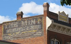 The Mint/Rainier Beer Ghost Sign (Larry Myhre) Tags: themint rainier beer ghostsign pendleton oregon