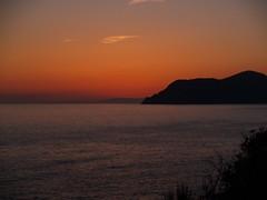 Sunset Riomaggiore Cinque Terre La Spezia (cosediieri) Tags: sunset italia liguria cinqueterre tramonti riomaggiore laspezia seasunset
