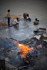 Manikarnika Ghat (ClikSnap) Tags: india varanasi manikarnikaghat