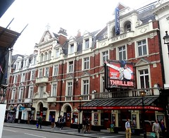 [37361] London - Shaftesbury Avenue : Lyric Theatre (Budby) Tags: london theatre victorian westend theatreland cityofwestminster