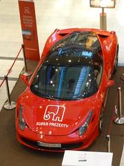P1160257 (mjaniec) Tags: red car ferrari czerwony samochd galeriakazimierz