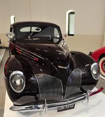 Lincoln Zephyr 1939 (D70) Tags: franschhoek motor museum 67deg v12 side valve 4381cc 110 bhp 3900 rpm 3 spd hydraulic drum brakes 4 wheels lincoln zephyr 1939 httpsyoutube5wvl02bjihy