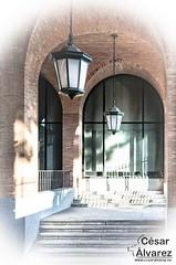 Salida (alvarez.cesar02) Tags: arcos elementosurbanos escaleras europa farolas madrid madridprovincia urbana arco arquitectura comunidaddemadrid