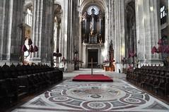 Vendredi saint (glise Saint-Eustache) Tags: vendredisaint triduumpascal sainteustache glise paris quartierdeshalles grandorgue