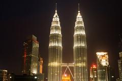 Petronas Twin Tower, Kuala Lumpur (tobiasenkel) Tags: petronas twin tower twintower kuala lumpur malaysia skyscraper nightshot
