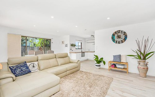 2/8 Poinciana Avenue, Cabarita Beach NSW 2488