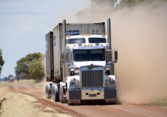 Scholz (quarterdeck888) Tags: trucks transport semi class8 overtheroad lorry heavyhaulage cartage haulage bigrig jerilderietrucks jerilderietruckphotos nikon d7100 frosty flickr quarterdeck quarterdeckphotos roadtransport highwaytrucks australiantransport australiantrucks aussietrucks heavyvehicle express expressfreight logistics freightmanagement outbacktrucks truckies sbh scholz scholzbulkhaulage kw kenworth t409 sar t409sar kenwortht409 container containerskels bdouble grain harvest farm country dustyroad