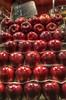 apple grid (katarzyna_os) Tags: barcelona catalunya hdr katarzynaos katarzynaostrowska nikond7000 laboqueria apples oldmarket
