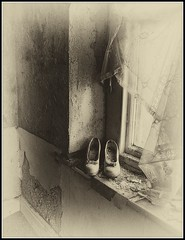 DSC_6660 1 (rosemarysedgwick) Tags: shoes dancing oldworld window curtain mystery