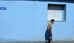 Gente cubana (binladiya) Tags: sociedad society santaclara leche milk colours ventana window caribe