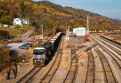 NS 8405 Pulling Into Bluefield (Wheelnrail) Tags: ns norfolk southern pocahontas district locomotive mountain virginia trains train ge emd c408w yard autumn sd60i bluefield