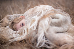 109/365 - In the Winter Grass (kate.millerwilson) Tags: winter naturallight grass child blanket outdoors neutral nikond750 nikkor85mmf18g