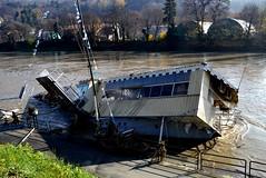 Torino - Piena del Po (ikimuled) Tags: po alluvione inondazione piena pienadelpo genna barcagenna naufragio