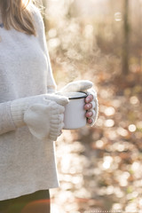 (CarolienCadoni..) Tags: steam sonyslta99 sal70200g2 70200mmf28gssmii sony light sun bokeh woods forest trees autumn autumncolors autumnlight cup tea