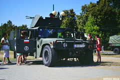 DSC_0715 (Mateusz Woek) Tags: black car truck soldier army mercedes benz tank polish august limo mercedesbenz kit hummer h1 h2 humvee kitcar tatra tychy 2015 t34 polskiego wito czog sierpie wojska onierz spadochroniarz