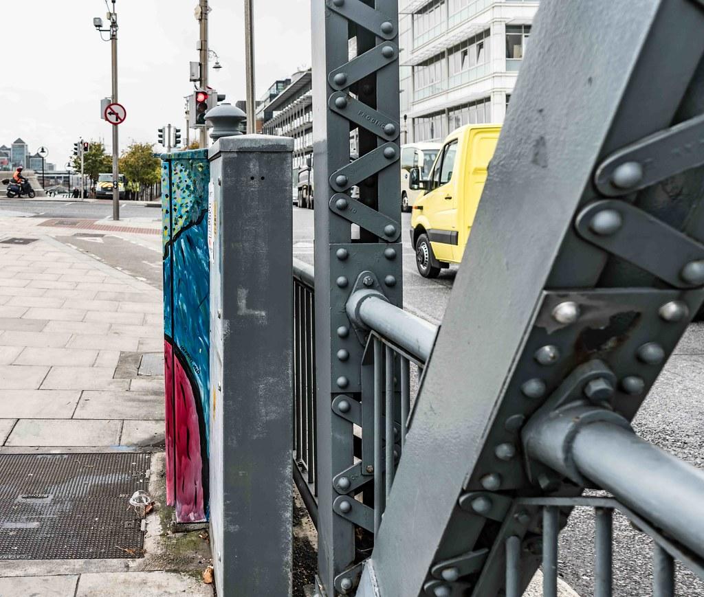 DUBLIN CANVAS STREET ART BY HANNA Mc. D [NEAR THE CONVENTION CENTRE]-109077