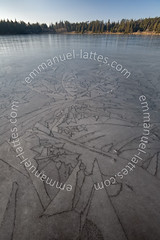 Motifs gomtriques sur le Lac Servires gel (Orcival (63210), (Emmanuel LATTES) Tags: winter lake abstract france cold art texture ice geometric nature water motif illustration de grid design frozen nice eau frost pattern natural drawing hiver over lac surface dessin line covered freeze figure geometrical icy douce froid waterice auvergne glace ligne freshwater drafting puydedme gel abstrait glac graphique couvert naturel servires orcival gomtrique servire