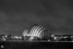 Kauffman Center Black and White (Kevin VanEmburgh Photography) Tags: street longexposure urban storm architecture night clouds lights nikon downtown kansascity kc stormynight kcmo downtownkansascity moshesafdie kevinvanemburghphotography safdiebuilding architecturebysafdie