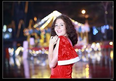 nEO_IMG_DP1U6744 (c0466art) Tags: christmas city light portrait reflection girl rain night canon garden photo big amazing colorful pretty view julia outdoor gorgeous event lamps charming russian celebrate decroration 1dx banchao c0466art