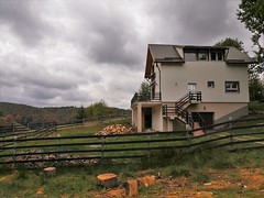 Houses - Romania - Bran region (Photogioco) Tags: romania bran poianabrasov skiresort house new traditional