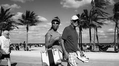 H102316-13737-3 (early.edgar) Tags: streetphotography streetcouple boardwalk blackandwhitephotography beach