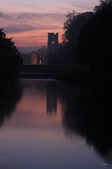 FOUNTAINS ABBEY SUNSET (car 67) Tags: night sunset abbey fountains nationaltrust october
