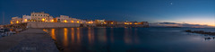 Gallipoli (W.MAURER foto) Tags: gallipoli italien italy italia italie kste apulien panorama night nacht sonnenuntergang blau bluehour blauestunde light lichter sea meer spiegelung seascape hafen nikond800 nikon tamron1530mmf28 tramonto paesaggio senodellapurit