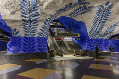 T-centralen (Arild Vgen) Tags: tcentralen stockholmmetro stockholmstunnelbana indoor architecture rocks buildings stairs blue white metro station subway colours geometric