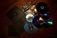 The history of data storage (ChemiQ81) Tags: data storage pami masowa dane pamici rodzaj magazyn danych nonik noniki dysk dyskietka dyskietki floppy disk cd dvd bd blu ray compact bdr cdr dvdr flash pendrive pyta pyty memory usb kompaktn disky ukldn dat mdia disketov media pam pamti 525 35 144 12 kb mb gb