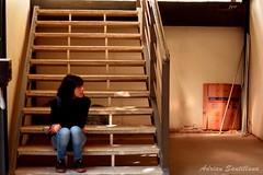 Casualidad. (AdrianSantillana (Santu Core)) Tags: universidad escaleras nikon amiga ella
