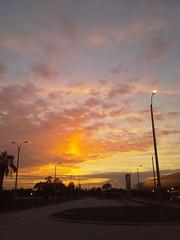 Colores del cielo de la maana ( fOto) Tags: amanecer amanhecer coln montevidu montevideo uruguay uruguai samsung xcover xcover2 claudiocigliutti
