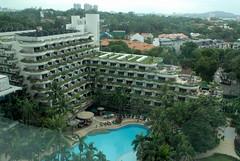 Img507073nx2 (veryamateurish) Tags: singapore orangegroveroad shangrilahotel view