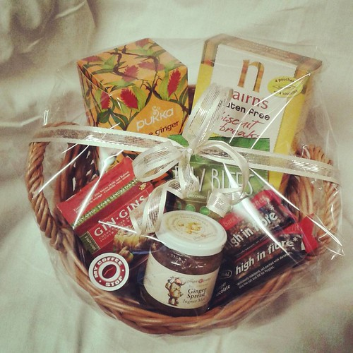 The perfect #gift #basket for the #ginger fiend! #Friend or #family, if they love ginger, they will love you for getting them this. Filled with #pukka #threeginger #tea, #bioglan #raw #bites ginger and #spirulina, #eatnatural #apple ginger and #darkchocol