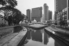 Kuala Lumpur, Malaysia (bm^) Tags: travel kualalumpur maleisi malaysia my distagont228 distagon282zf nikon d700 bw blackandwhite black white blackwhitephotos zf2 zeiss carl nikond700 zwart wit zwartwit reis carlzeiss city urban architecture skycrapers mosque